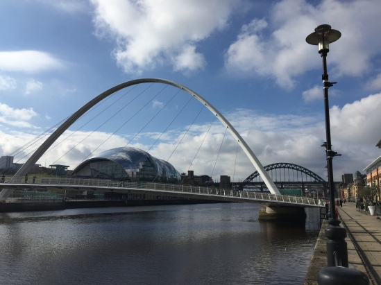 Millennium-Bridge-Newcastle-Gateshead-Quaysde