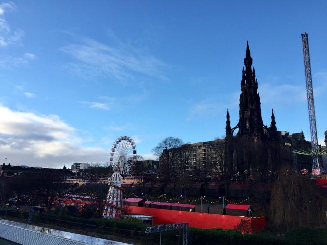 Edinburgh-landscape-princes-street-Gardens-Christmas-market